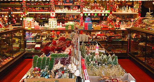 National Christmas Center Closing